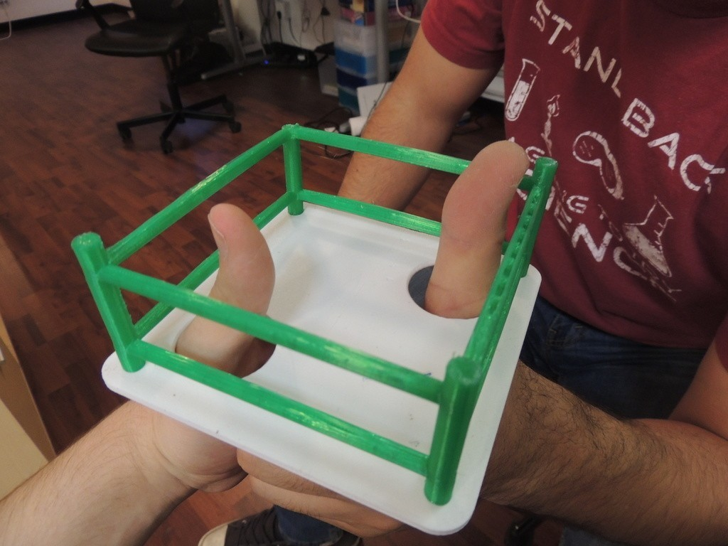 DSCN0779_display_large.JPG Download free STL file Thumb Wrestling Ring • 3D print object, Bolrod
