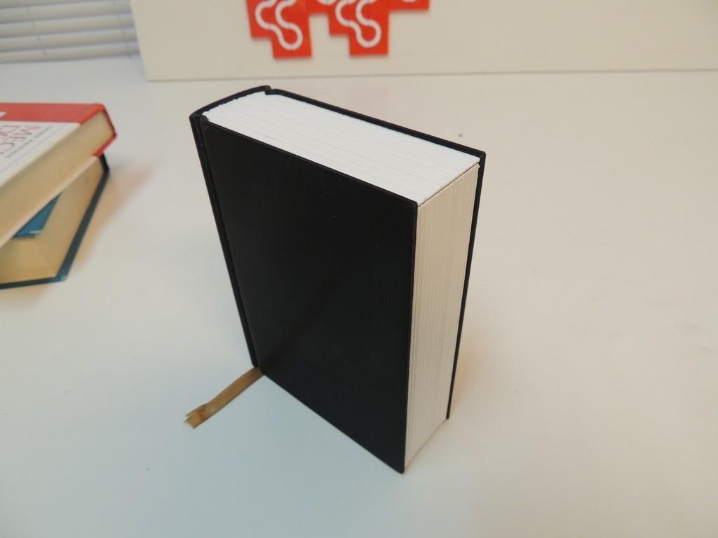 be1b62da50d240146d0213fe4566b423_display_large.JPG Download free STL file Faux Book Safe • 3D printer design, Bolrod
