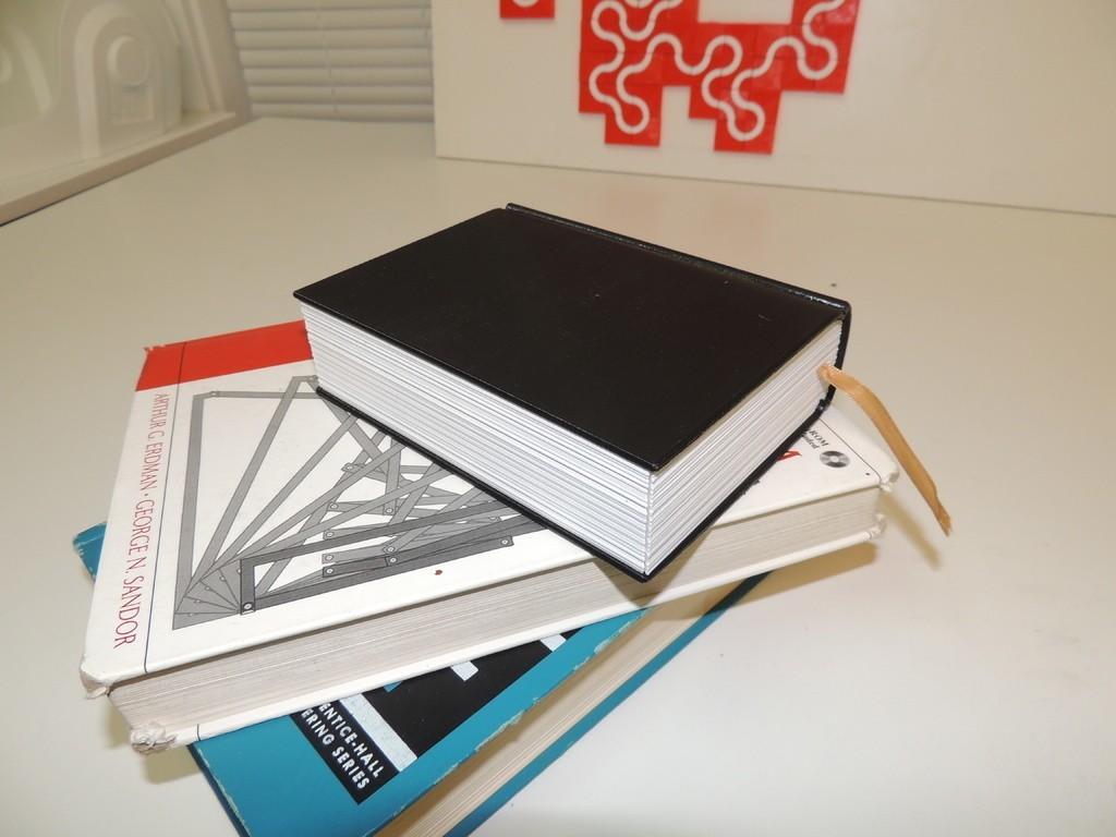 dd1c06911520f81c5834532ba8582cb2_display_large.JPG Download free STL file Faux Book Safe • 3D printer design, Bolrod