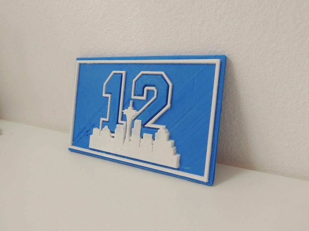 DSCN0572_display_large.JPG Télécharger fichier STL gratuit Plaque du 12e homme de Seattle • Plan imprimable en 3D, Bolrod