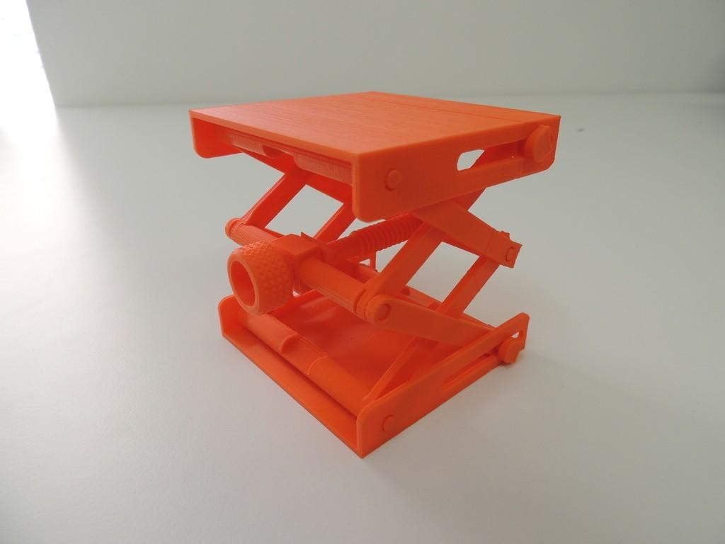 DSCN9978_display_large.JPG Download free STL file Platform Jack  [Fully Assembled, No Supports] • Object to 3D print, Bolrod