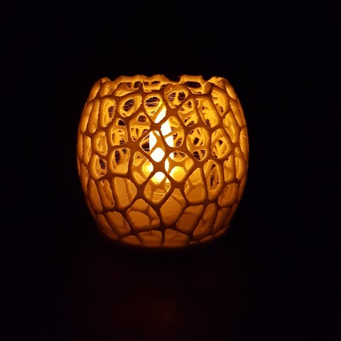 Free Stl File Tealight Holder Voronoi With Holes Peter Jan
