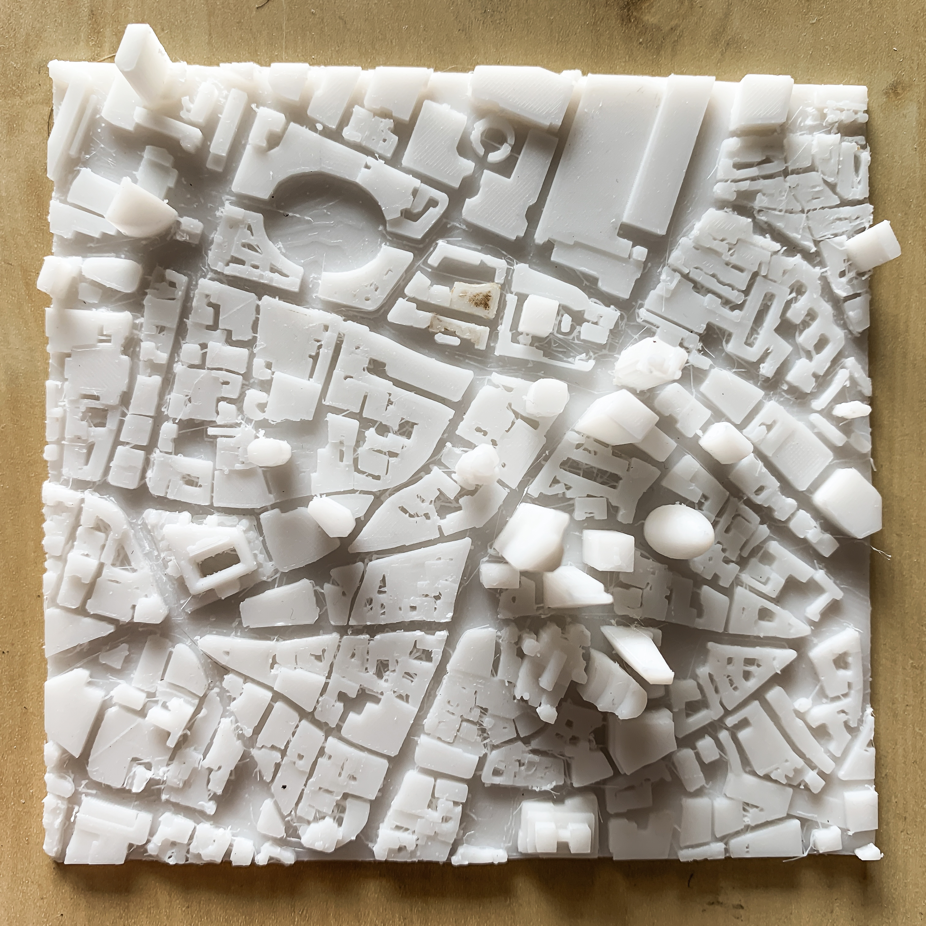 IMG_3387-2.jpg Download free STL file London, the City • 3D printer object, robertbriac