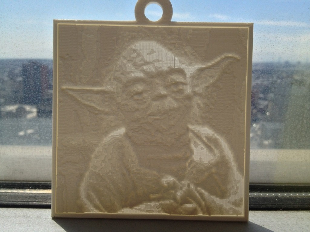 photo_1_display_large.jpg Télécharger fichier STL gratuit Yoda Lithopane • Modèle pour imprimante 3D, Yipcott