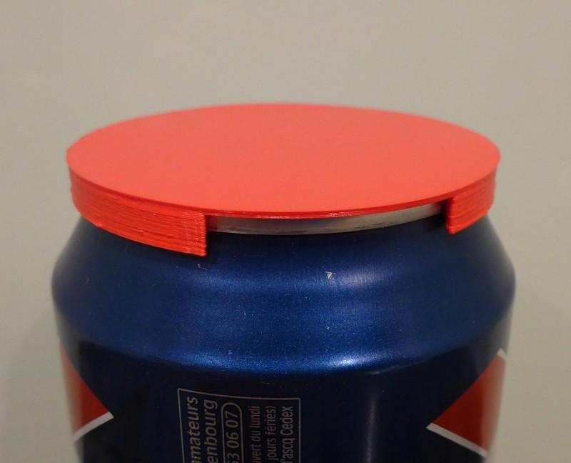 can_lid_red_display_large.jpg Télécharger fichier STL gratuit Couvercle de canette de soda/bière • Modèle pour imprimante 3D, Girthnath