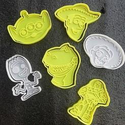 Download 3D printing templates Woody toy story cookie cutter, carloseduardoalfonsogarcia