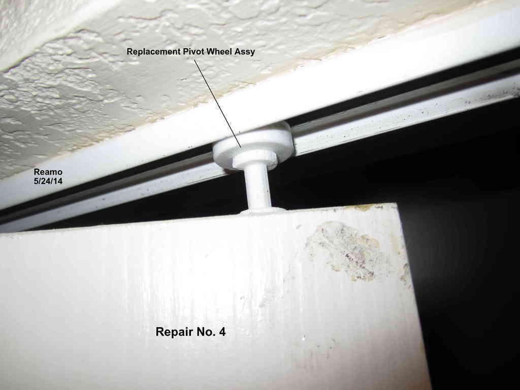 Repair_004-Upper_Pivot_Wheel_001_display_large.jpg Télécharger fichier STL gratuit Cinq réparations de portes de placard ! • Modèle pour imprimante 3D, Tarnliare