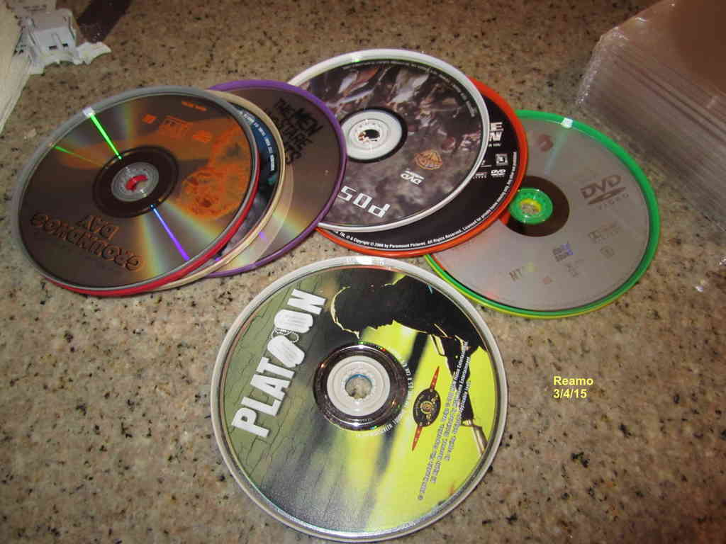 001_Main_Pic_display_large.jpg Télécharger fichier STL gratuit Stockage de supports CD/DVD • Objet imprimable en 3D, Tarnliare