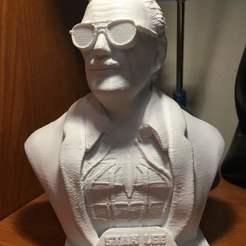 Impresiones 3D gratis Monumento a Stan Lee, Bluishblue