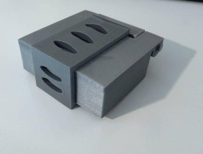 DSCN0152_display_large.JPG Download free STL file Box with hinge • 3D printable design, Minweth