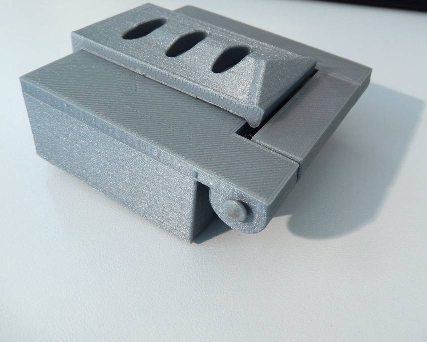 DSCN0154_display_large.JPG Download free STL file Box with hinge • 3D printable design, Minweth