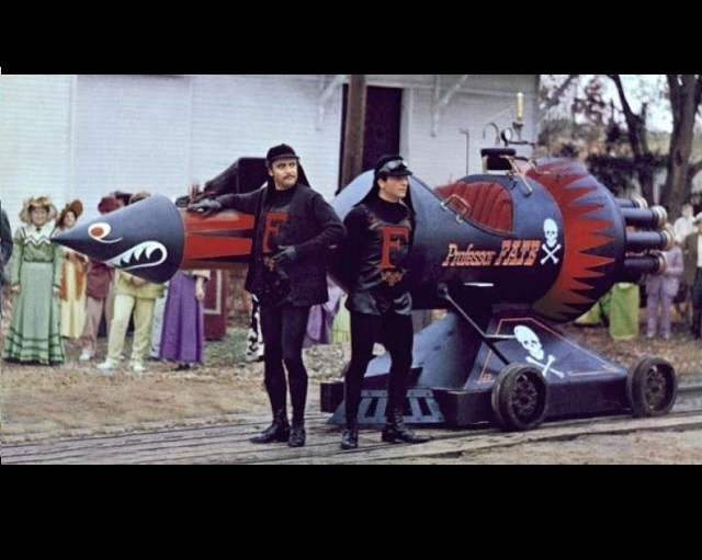 waeqeq.JPG Download STL file Professor Fate's Rocket Car (The Great Race) • 3D print object, thebridge