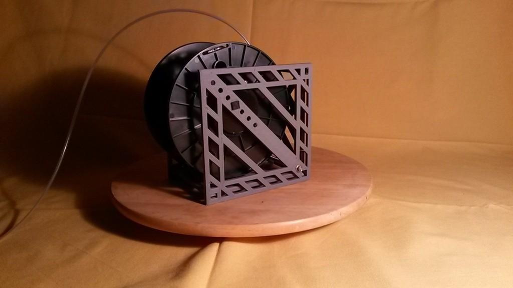 20150906_195101_display_large.jpg Télécharger fichier STL gratuit Porte-bobine à filament modulaire • Plan à imprimer en 3D, Qelorliss