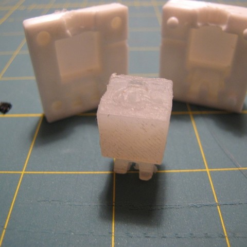 IMG_1717_display_large.JPG Download free STL file MineCraft Player Hotglue injection mold • 3D printing object, Qelorliss