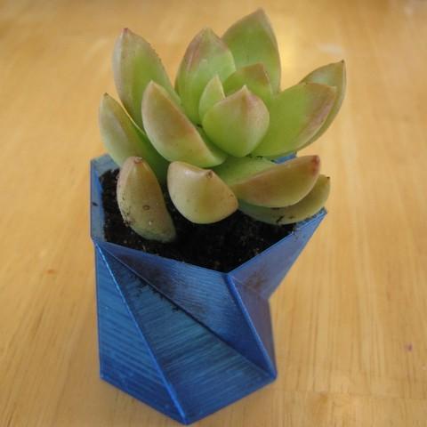 Télécharger objet 3D gratuit Un vase hexagonal (vase#1), Qelorliss