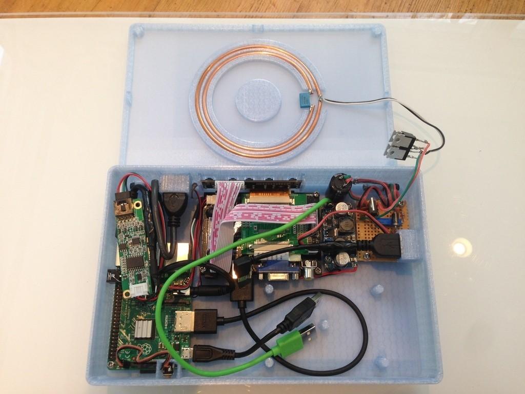 IMG_2577_display_large.JPG Télécharger fichier STL gratuit PiBook alimenté sans fil • Plan imprimable en 3D, Qelorliss