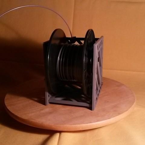 20150906_195131_display_large.jpg Télécharger fichier STL gratuit Porte-bobine à filament modulaire • Plan à imprimer en 3D, Qelorliss