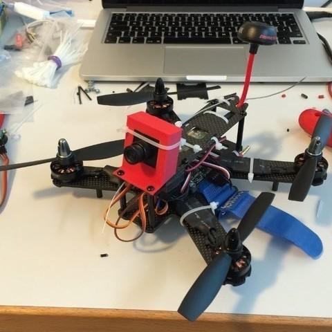 Télécharger fichier imprimante 3D gratuit Support de caméra pour QAV 210mm Quadcopter, Rusichar