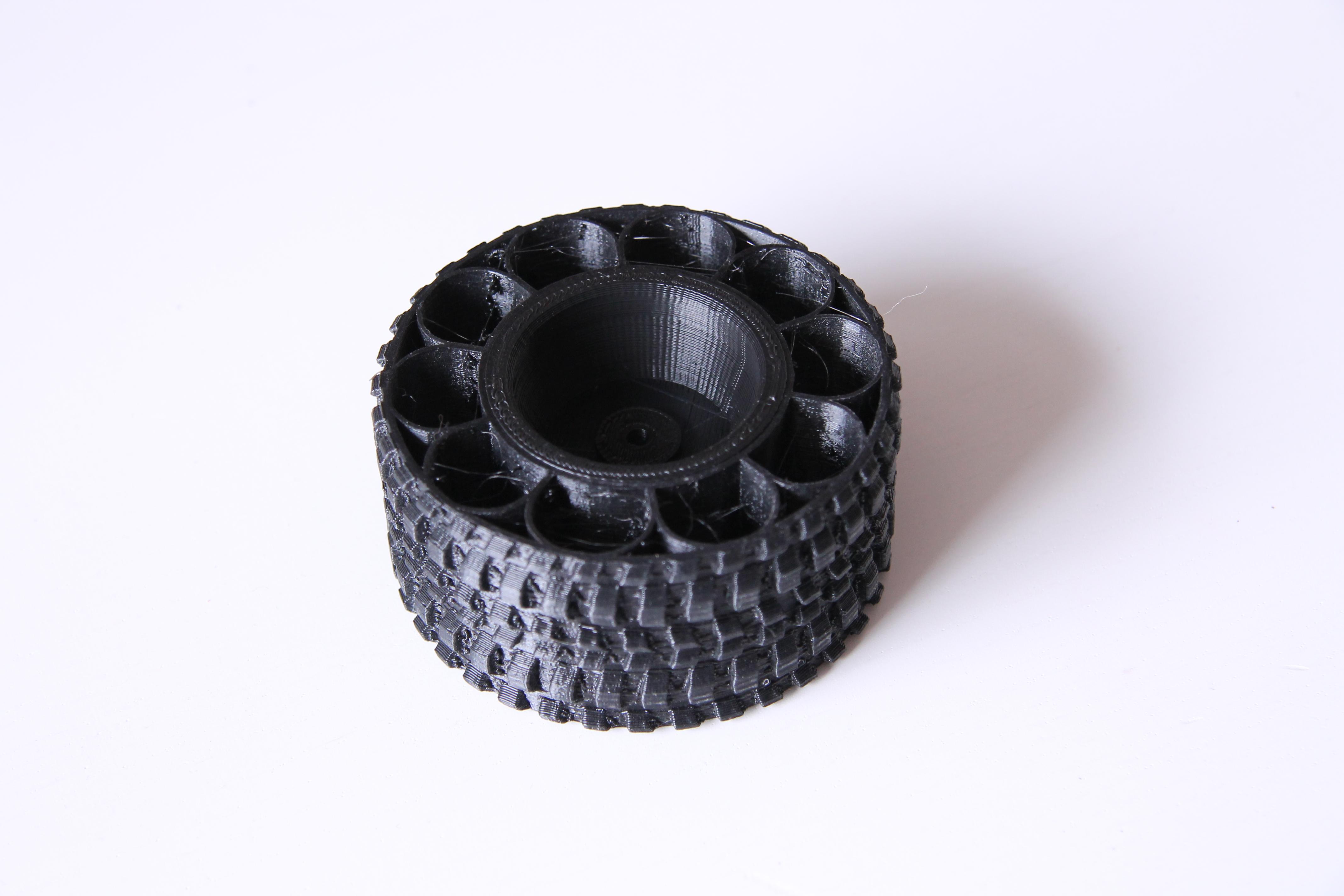 034.JPG Download free STL file Printed truck: Rims • 3D printing template, MrCrankyface