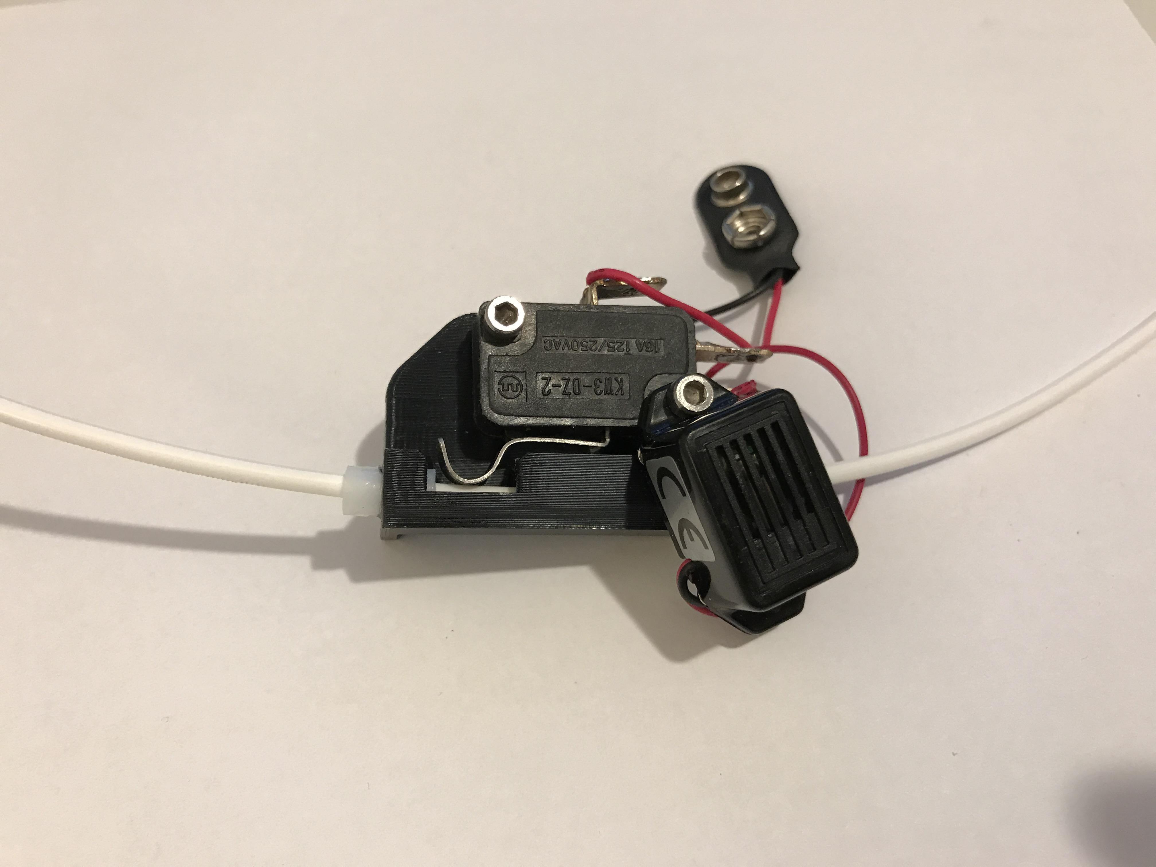 IMG_0420.JPG Télécharger fichier STL gratuit Alarme à filament / capteur • Plan pour impression 3D, MrCrankyface