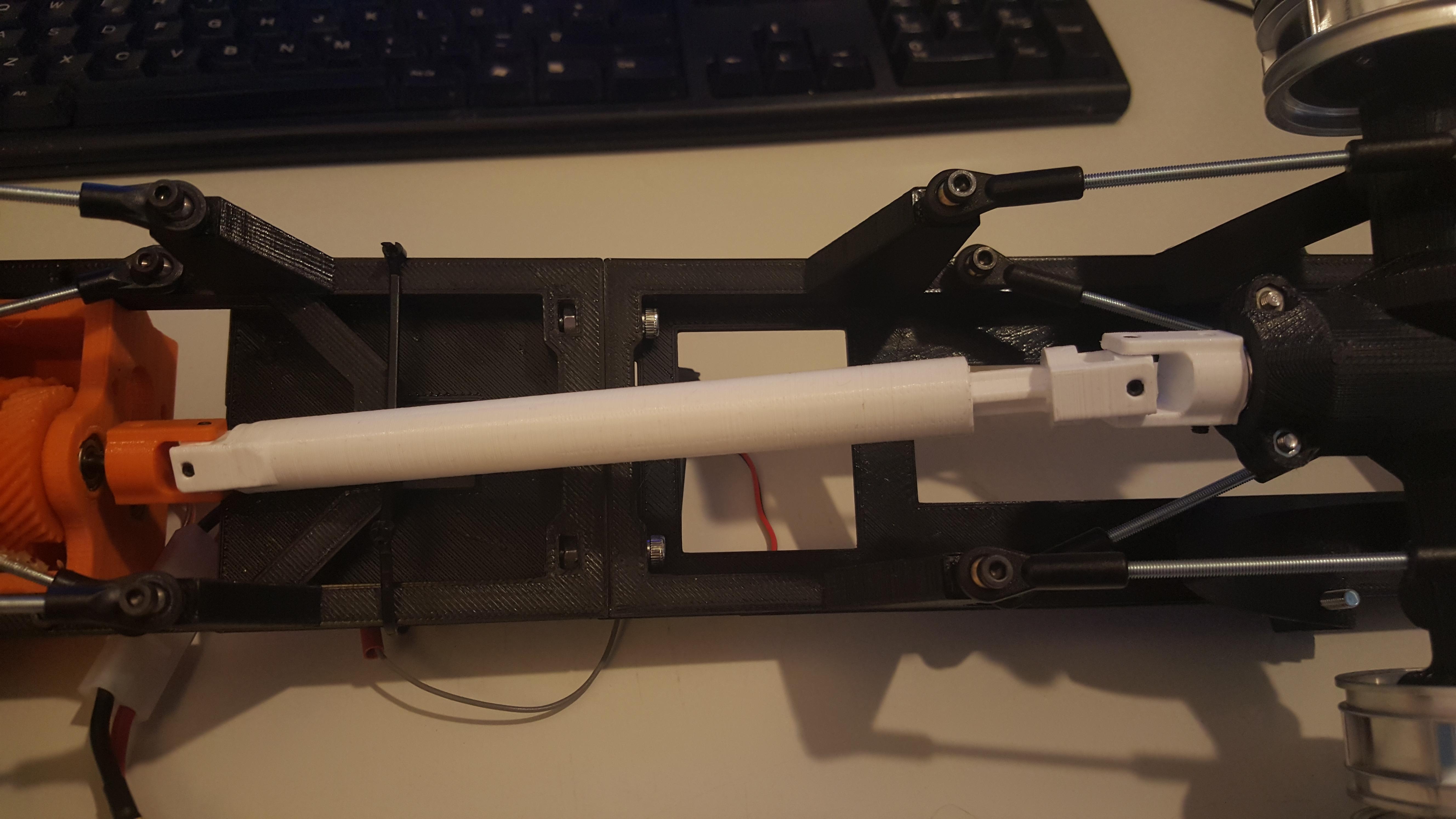 20160305_153149.jpg Télécharger fichier STL gratuit Camion imprimé : Arbre de transmission • Plan imprimable en 3D, MrCrankyface