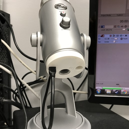 Download free STL file Blue Yeti cable protection, MrCrankyface