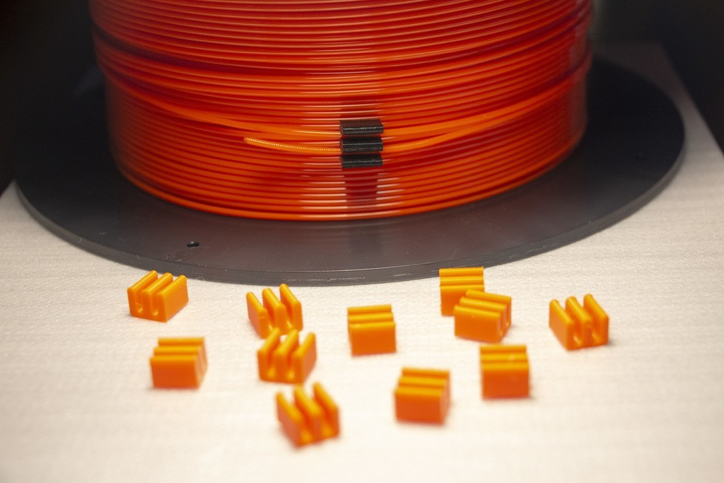 12e455cdc1317e2eae1cbe2da88e0040_display_large.JPG Download free STL file 1.75mm Filament Clip (styled after 3D Solutech filament clips) • 3D printing model, Mr_Tantrum