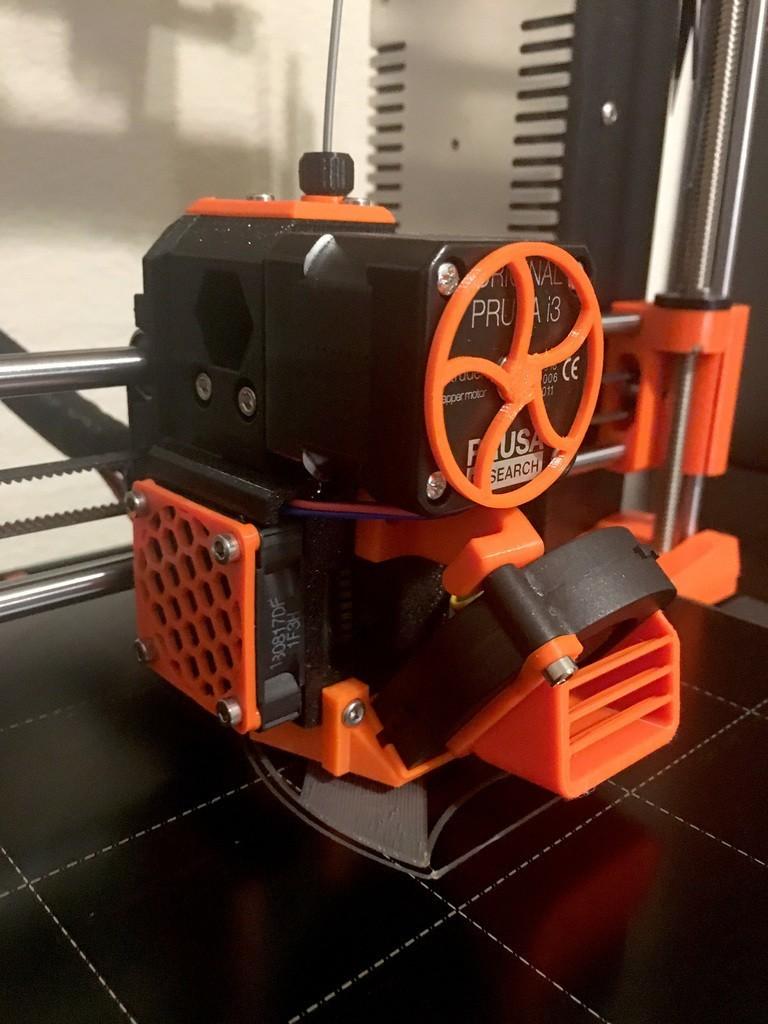 156005c5baf40ff51a327f1c34f2975b_display_large.jpg Download free STL file Prusa i3 MK3 Hotend Fan Cover/Grille (for black fan without rubber corners) • 3D printer design, Mr_Tantrum