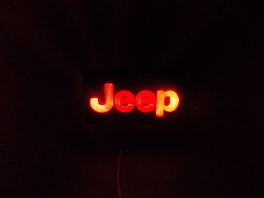 DSCN0425_display_large.JPG Télécharger fichier STL gratuit Emblème Jeep Lumière LED / Veilleuse • Objet pour impression 3D, Balkhagal4D