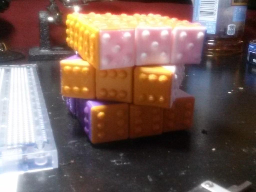 CAM00317_display_large.jpg Télécharger fichier STL gratuit CUBE! Fully Functional... EASY PRINT... 3x3x3 cube • Plan imprimable en 3D, Balkhagal4D