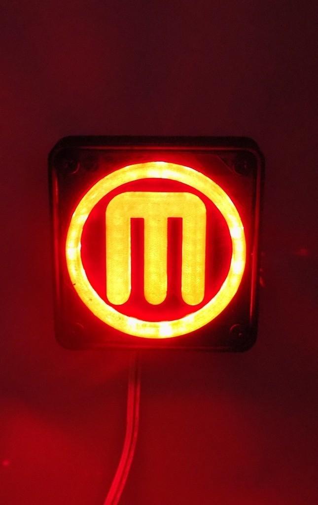 2_display_large.JPG Télécharger fichier STL gratuit Makerbot M Logo Lampe de nuit/lampe de nuit LED • Design à imprimer en 3D, Balkhagal4D