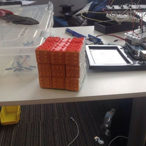 11075261_10153191939218523_2119027559908447758_o_display_large.jpg Télécharger fichier STL gratuit CUBE! Fully Functional... EASY PRINT... 3x3x3 cube • Plan imprimable en 3D, Balkhagal4D