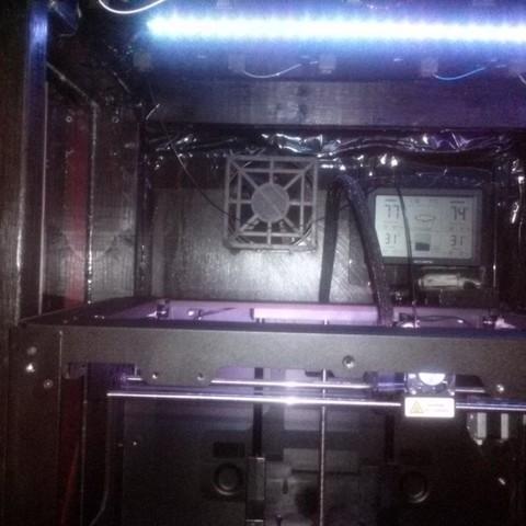 CAM00331_5B1_display_large.jpg Télécharger fichier STL gratuit Couvercle du ventilateur • Design pour impression 3D, Balkhagal4D