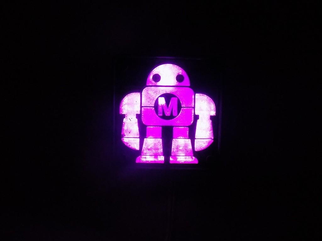 DSCN0230_display_large.JPG Télécharger fichier STL gratuit Maker Faire LED Enseigne de robot / veilleuse de nuit • Objet à imprimer en 3D, Balkhagal4D