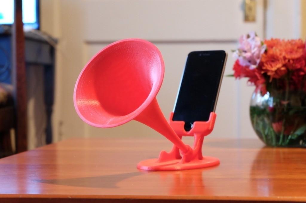 44790d56a7c1ba2e95d1d6e44488e56a_display_large.jpg Télécharger fichier STL gratuit GRAMiPhone Fixe - iPhone 6 Gramophone Horn • Modèle à imprimer en 3D, Pudedrik