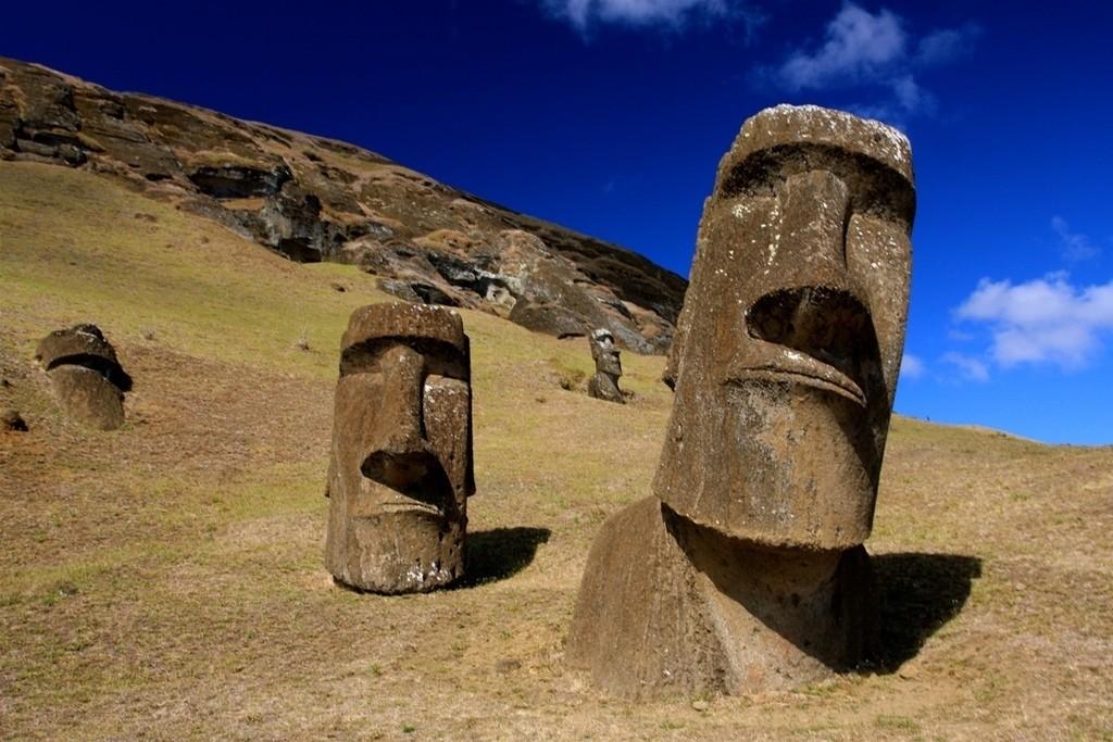 Moai_display_large.jpg Download free STL file Mo' Moais! • 3D printing object, Beardoric