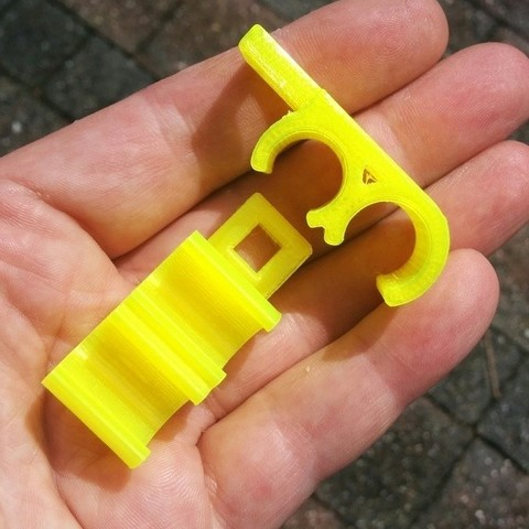 99c3aaad842e03b5eb0845d8ed4684eb_display_large.jpg Download free STL file Scuba Diving Regulator Hose Clip • 3D printer template, petclaud