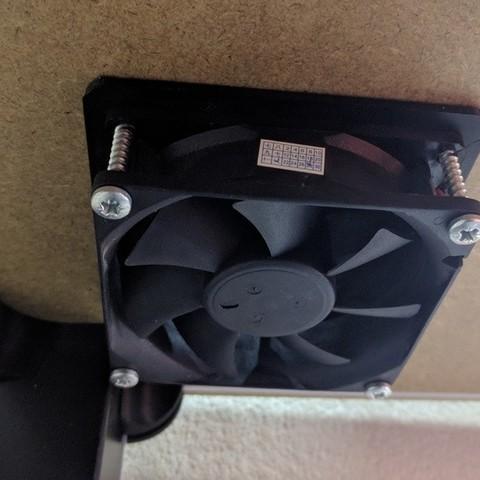 Descargar modelo 3D gratis Carcasa 80mm Escape/ventilación del ventilador y tapa del ventilador, petclaud