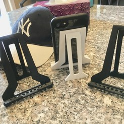 Descargar modelo 3D Soporte de Tablet Plegable para iPad, E-Reader Tablets y iPhone 10 y 10 MAX & iPhone Plus Tamaños, Trikonics