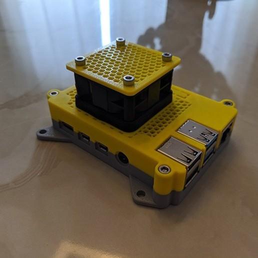 01.JPG Télécharger fichier STL gratuit Étui Pi 4B Framboise Framboise • Objet pour imprimante 3D, mkellsy