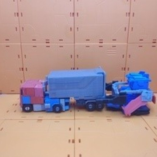 card_preview_IMG_20200105_145042.jpg Download free 3MF file Optimus Prime Transformers - Print Optimized • 3D printing design, gient