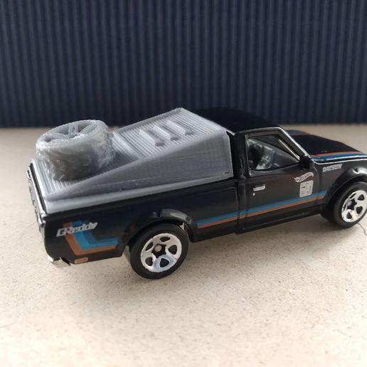 56749218_2914851518740415_6889531742156226560_o.jpg Download free STL file Hot Wheels Datsun 620 Dakar top • 3D printing template, Cult-Trader