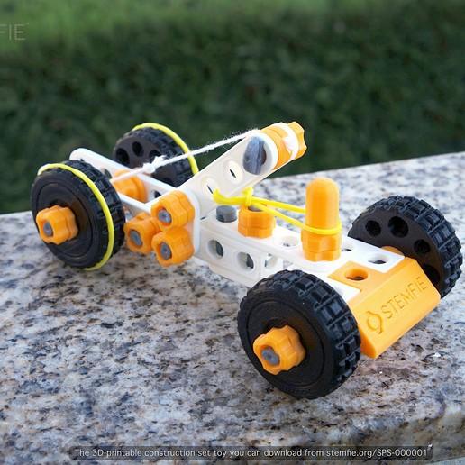 Download free 3D printing templates STEMFIE rubber-band-driven car, Stemfie3D
