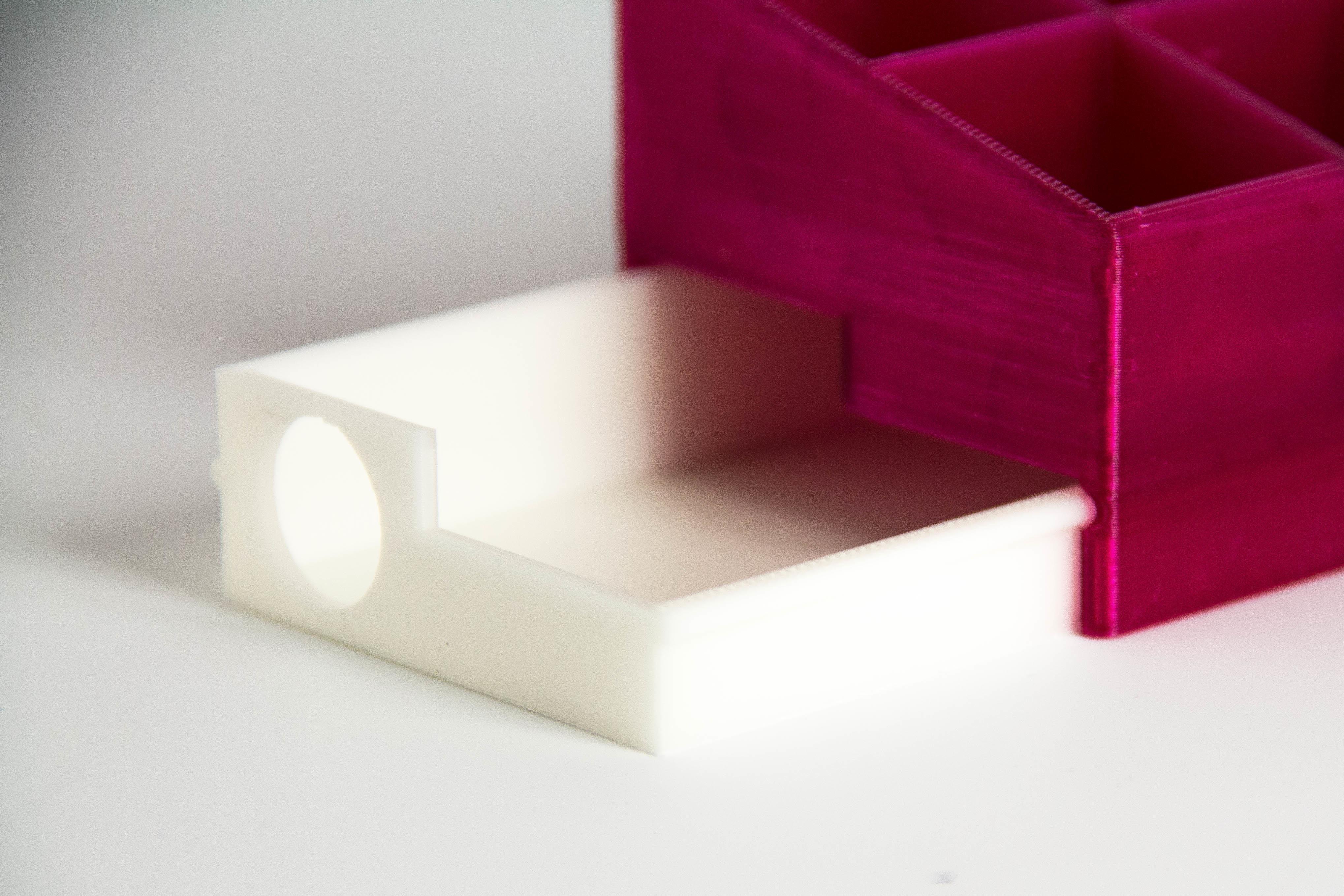 IMG_6931.jpg Download free STL file LipstickHolder • 3D printer model, Digitang3D