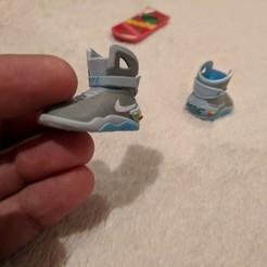 Archivos STL gratis Volver al futuro Nike Sneakers & HOVER BOARD hecho por la impresora ATOM 3D, ShakeandB1ake