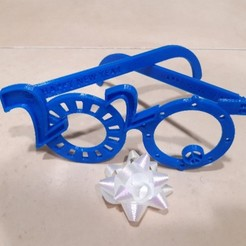 2020_00.jpg Download free STL file 2020 happy new year party fun foldable glasses • 3D printing object, Ingenioso3D