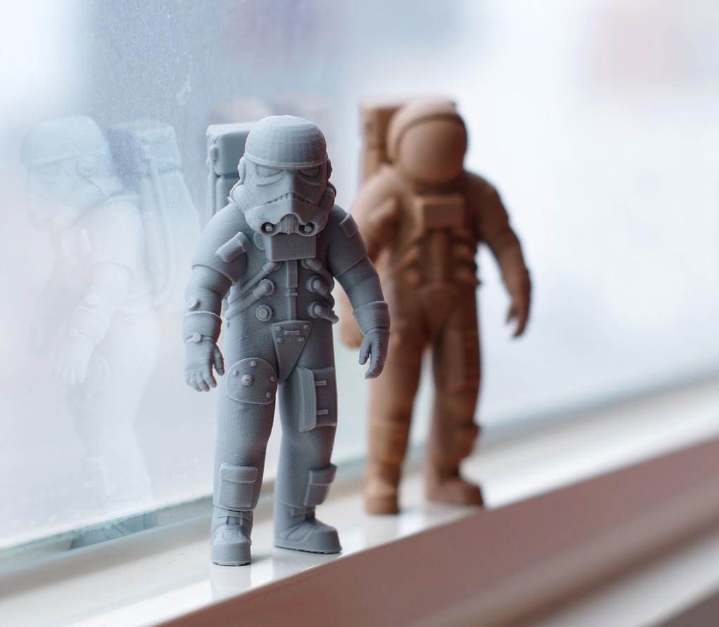 DSC02622_F_display_large.jpg Télécharger fichier STL gratuit L'astronaute stormtrooper • Plan pour imprimante 3D, Pwenyrr