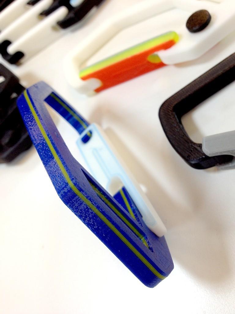 __IMG_0375_display_large.jpg Download free STL file Strong Flex door Carabiner • 3D printer template, Pwenyrr