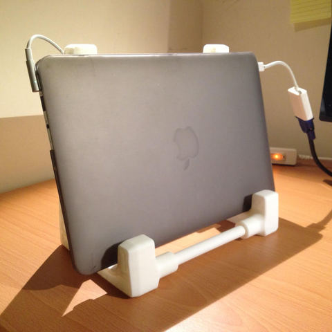 Free STL Strong and Durable laptop stand, Pwenyrr