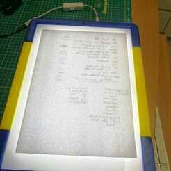 lightbox.jpg Télécharger fichier STL gratuit Boîte à rétro-éclairage pour les dessins • Design pour imprimante 3D, bernardbolliandi